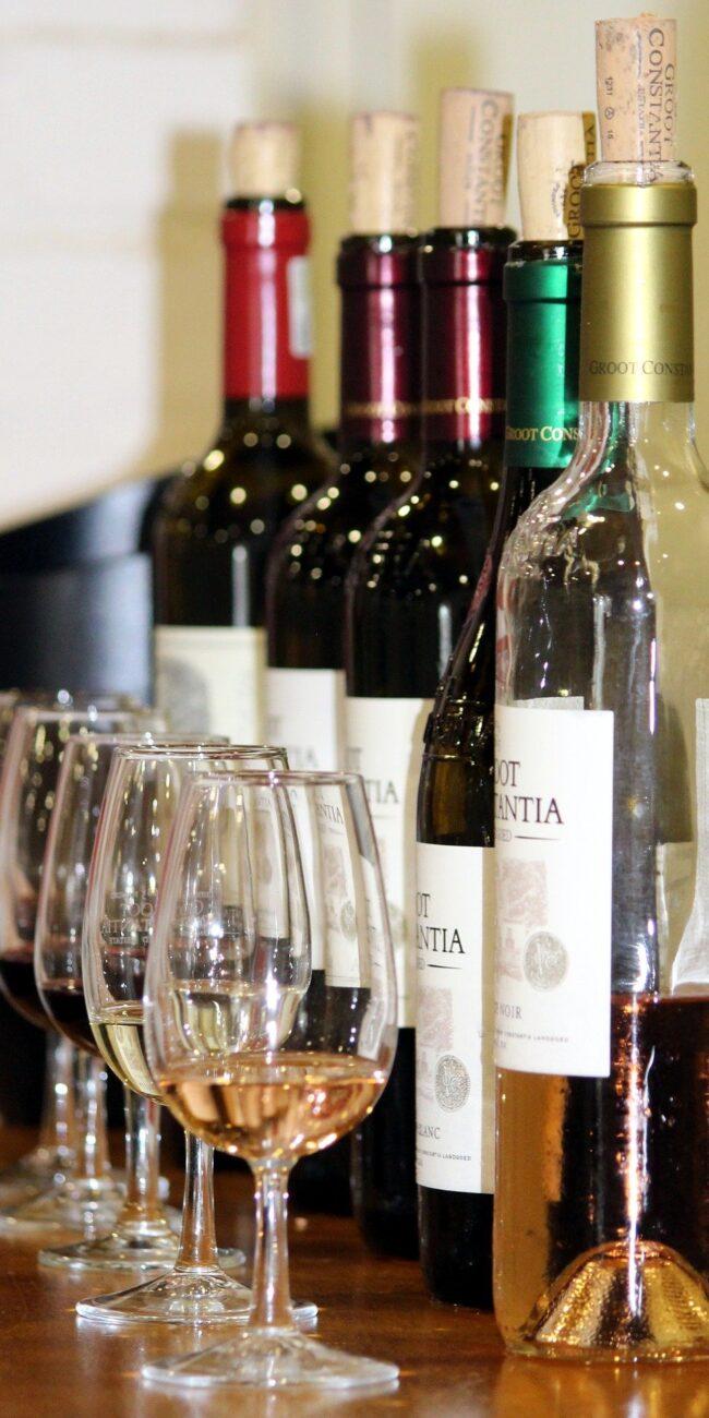 wine-tasting-1376267_1920